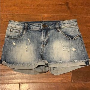 STS Blue Jeans Shorts Size 26
